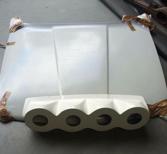 GFK Lamp Pod 4x200 M3 E30 (hood mounting)